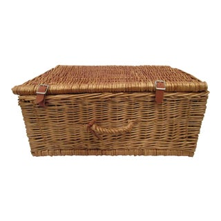 Thomas Swain Hand Crafted Willow Picnic Basket With Accessories