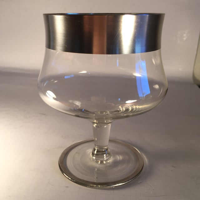 Image of Vintage Dorothy Thorpe Cocktail Glass