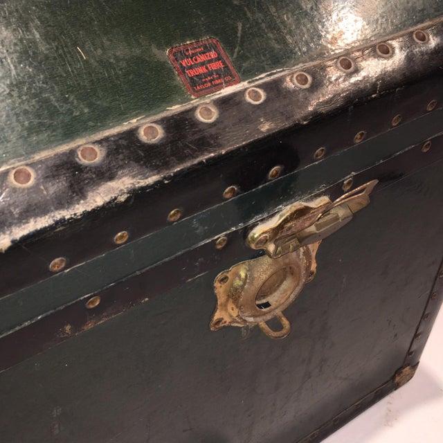 Vintage Hunter Green Steamer Trunk - Image 4 of 5