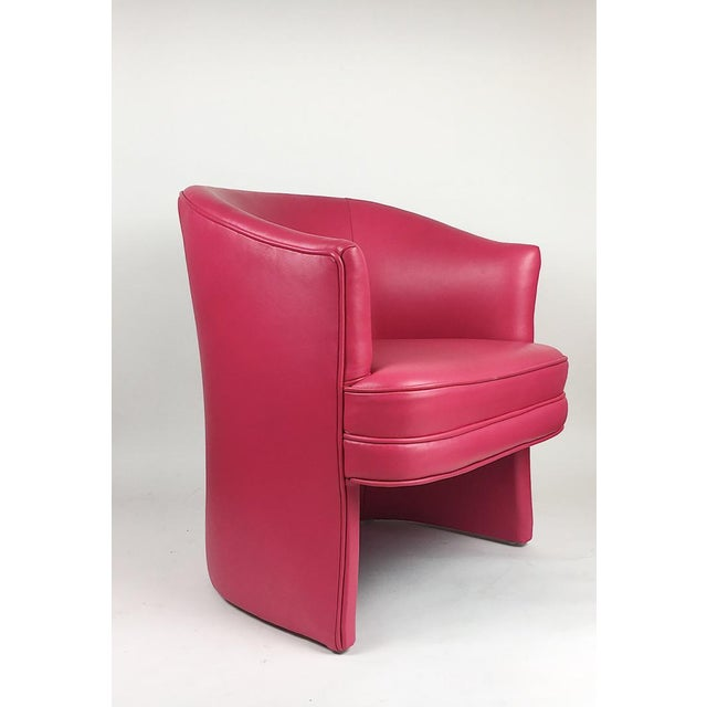 Pair of Vintage Pink Leather Club Chairs - Image 5 of 11