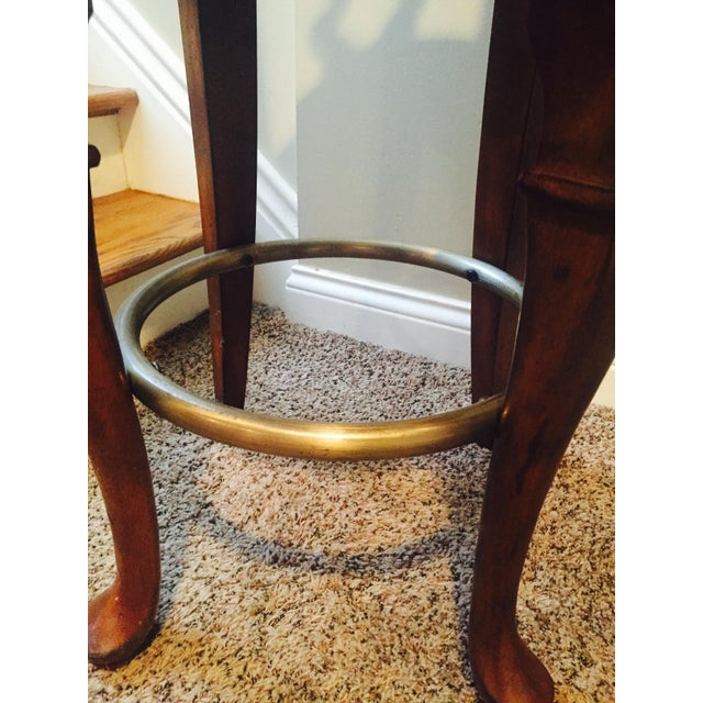 Traditional Wooden Swivel Bar Stools - A Pair - Image 4 of 6