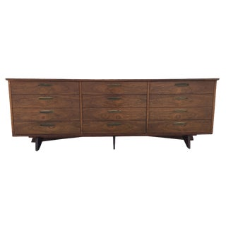 George Nakashima for Widdicomb 9-Drawer Dresser
