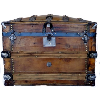 Antique Secor Barrel Top Trunk