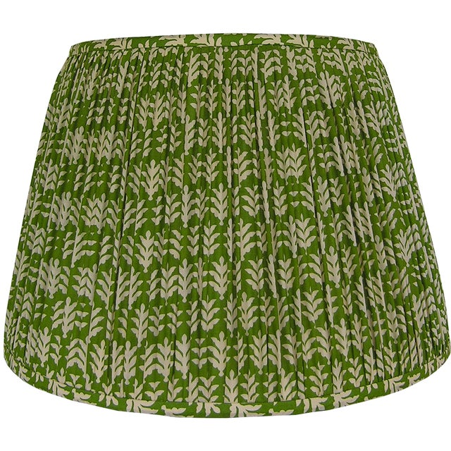 New, Made to Order, Green and Cream Cotton Printed Fabric, Pleated/Gathered Lamp Shade - Image 2 of 4