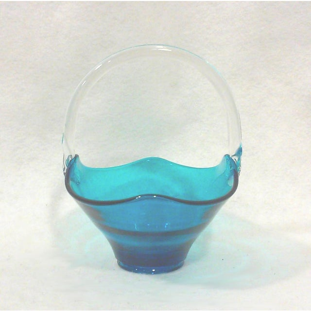 Blue Art Glass Handled Bowl - Image 3 of 5