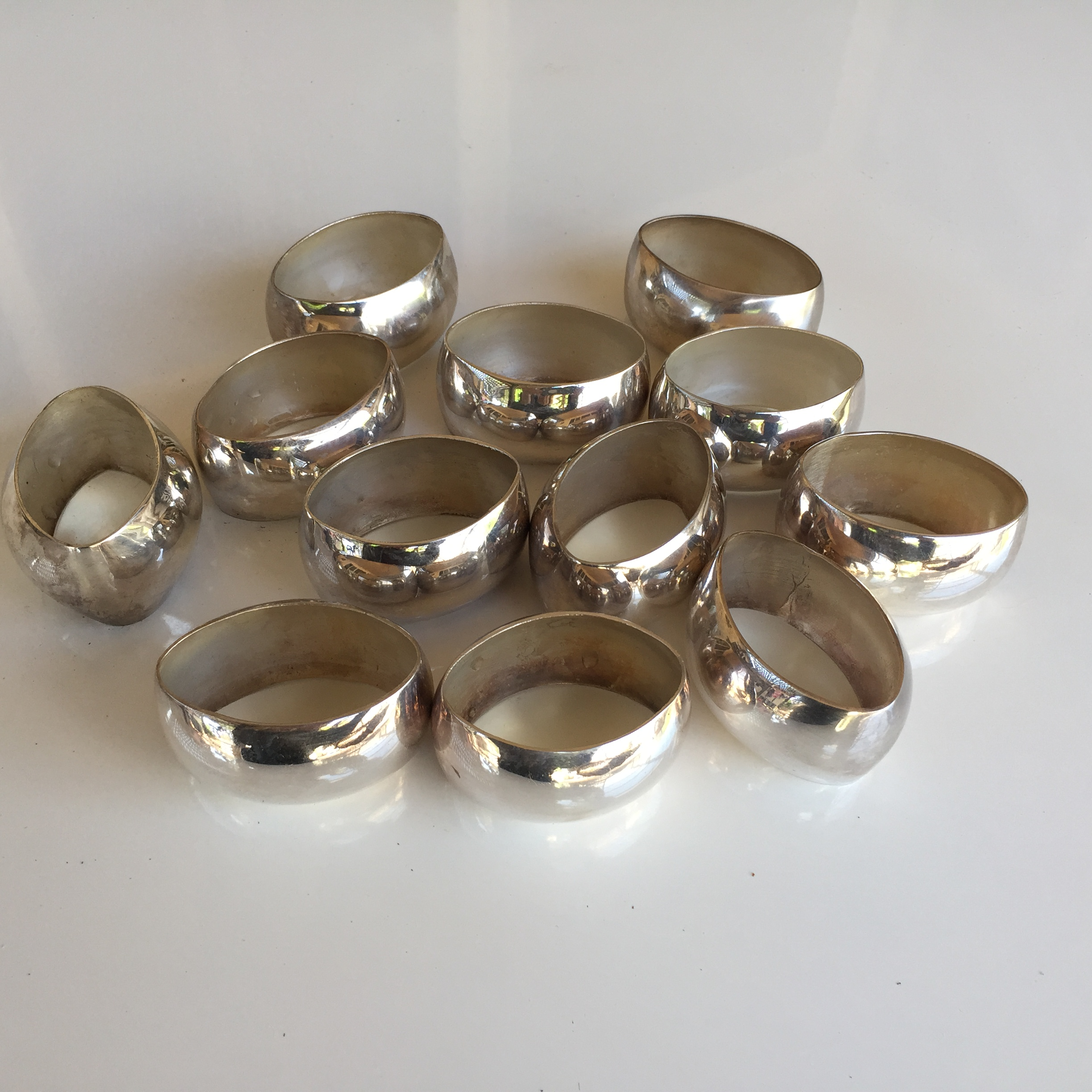 oval silver plated napkin rings set of 12 chairish