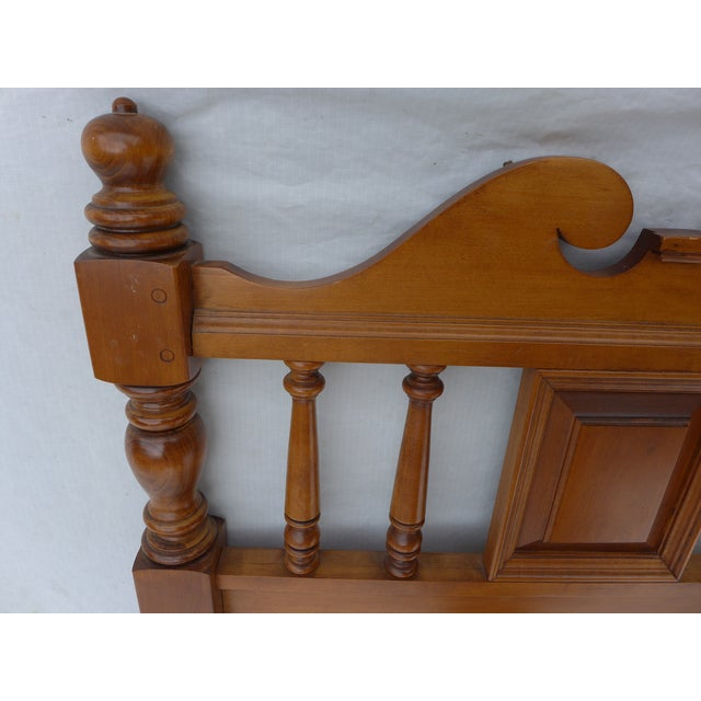 Cottage Style Drexel Haritage Queen Size Headboard - Image 4 of 7