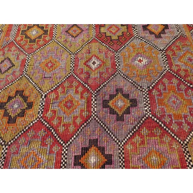 """Vintage Embroidered Turkish Kilim - 5'7"""" x 9'6"""" - Image 5 of 8"""