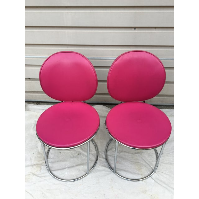 Mid Century Pink Vinyl Accent Chairs - a Pair - Image 5 of 6