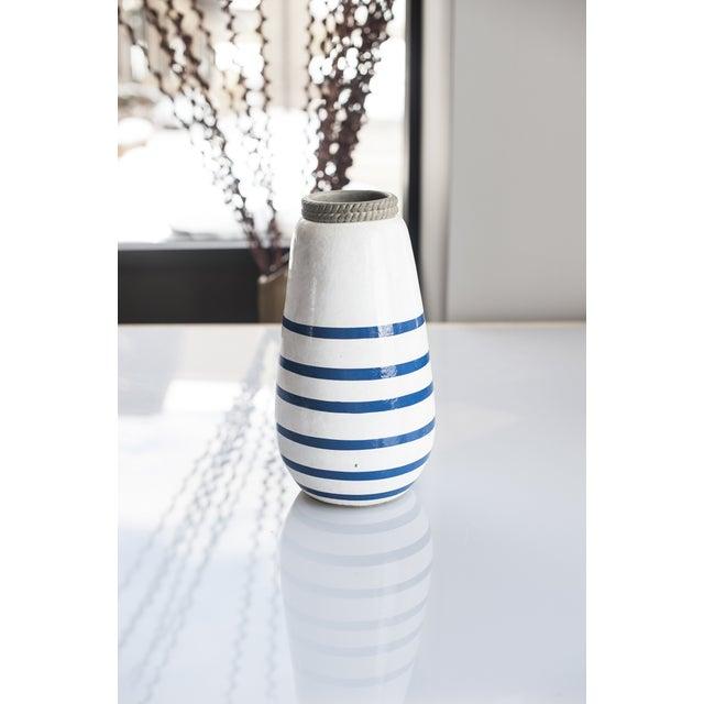 Navy Blue/White Nautical Anchor Vase - Image 3 of 3