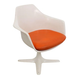 Mod Swiveling Molded Plastic Accent Chair