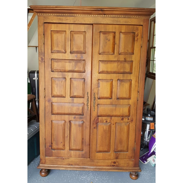 Habersham Plantation Armoire Cabinet - Image 3 of 8