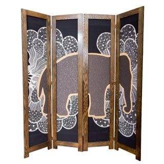 """Elephant-In-The-Room"" Oak Divider"