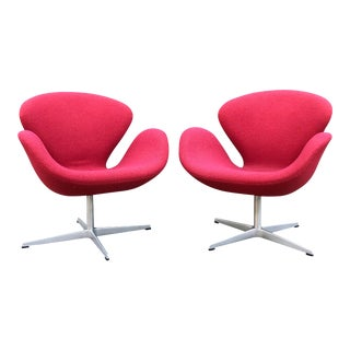 Arne Jacobsen for Fritz Hansen Swan Chairs - a Pair