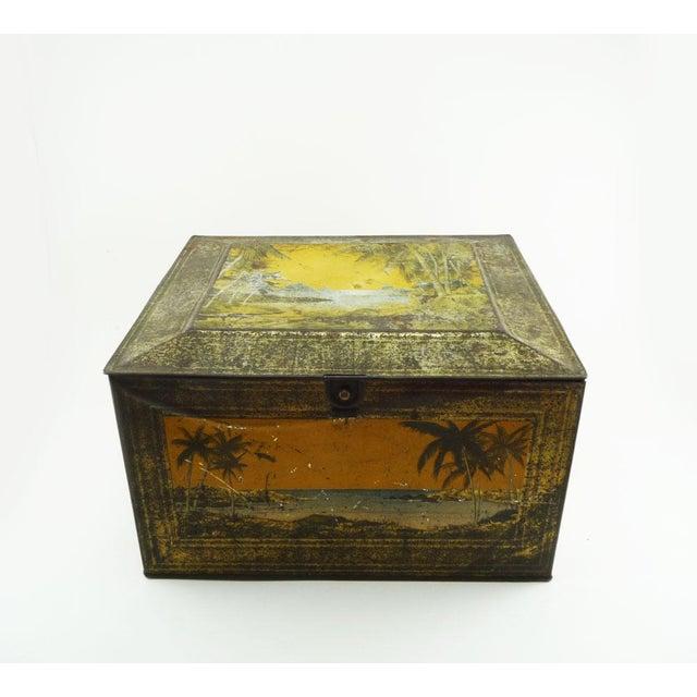 1920s Globe Soap Company Tin - Image 2 of 7