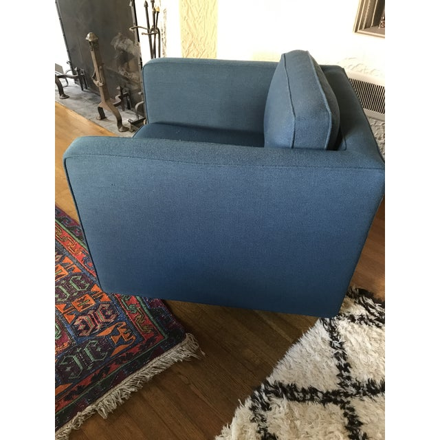1970s Marden Mid-Century Blue Upholstered Sofa and Chair - Image 10 of 11