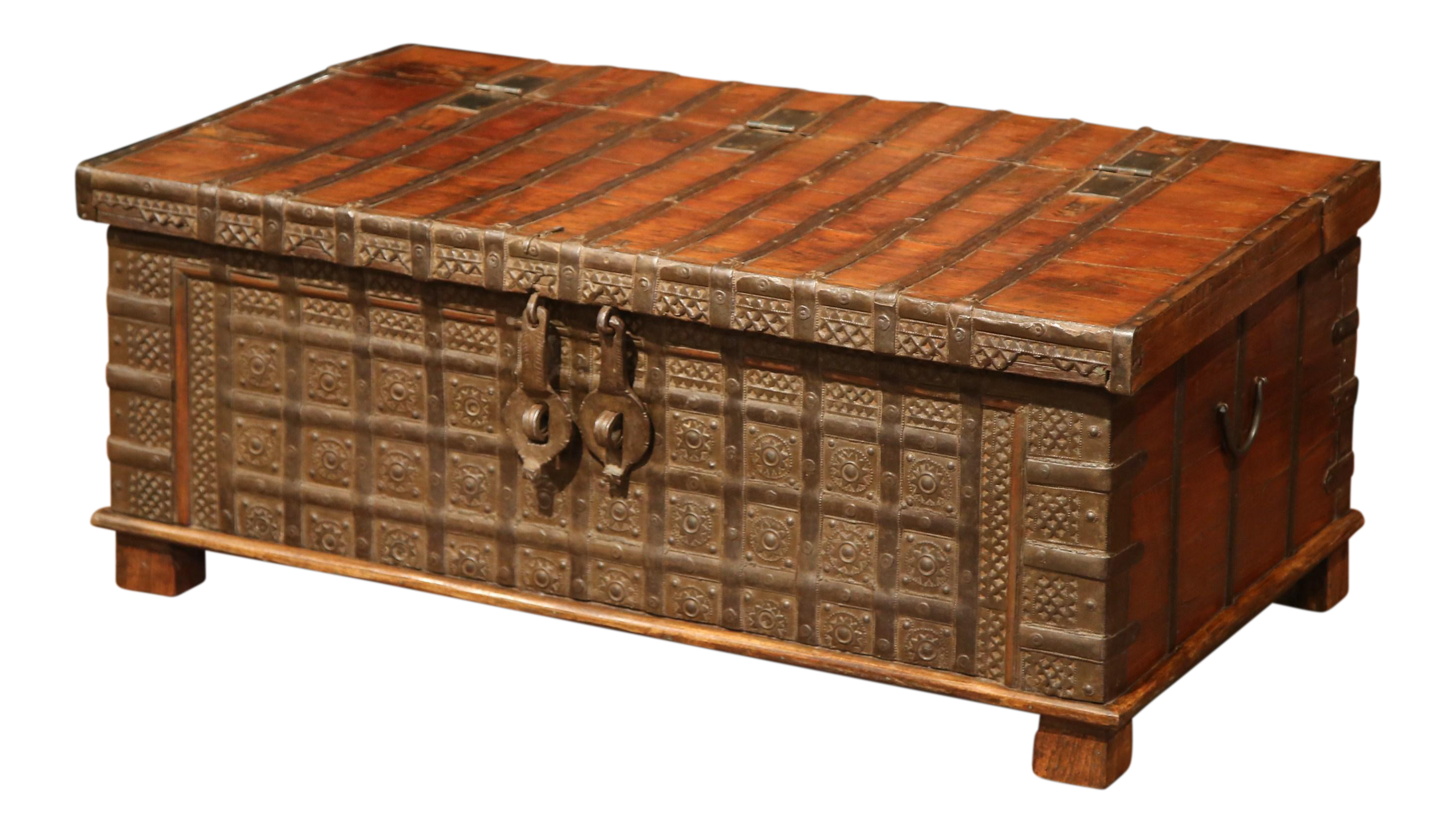 19th Century English Carved Chestnut Trunk Coffee Table With Heavy Hardware