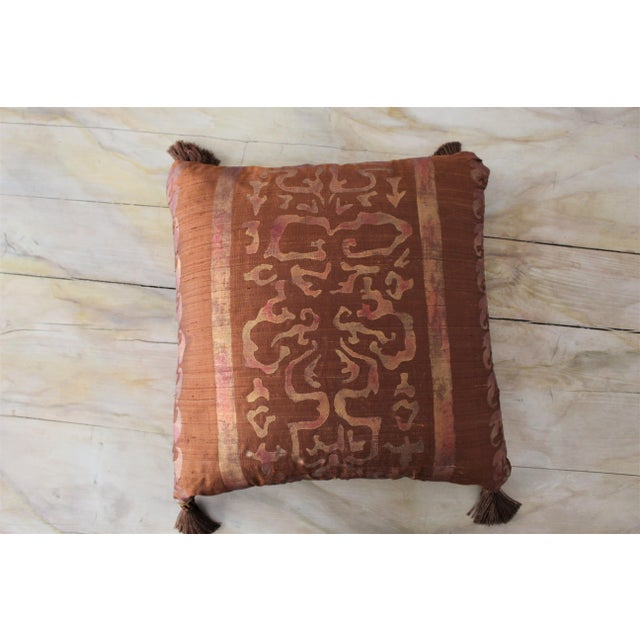 Isabelle H. Fortuny Style Burnished Russet Silk Tasselled Pillow - Image 6 of 8