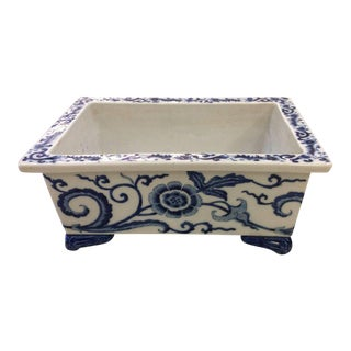 19th Century English Blue and White Cachepot
