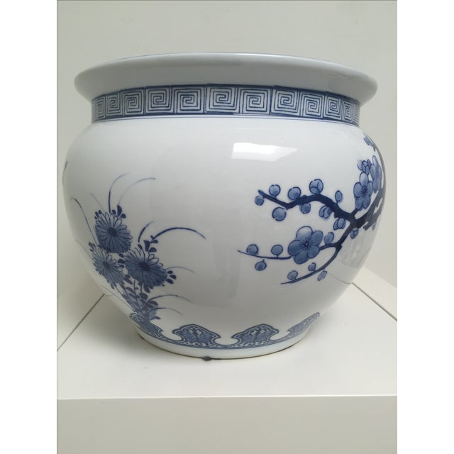 Blue and White Oriental Style Porcelain Planter - Image 4 of 5