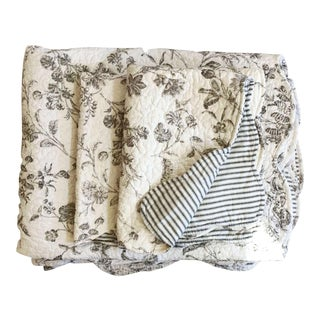 Black & White Matelasse Twin Coverlets and Shams - a Pair