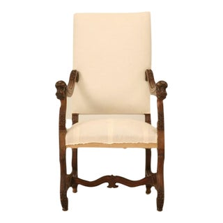 French Walnut Os de Mouton Throne Chair with Dog Armrests, circa 1880
