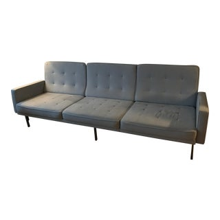 Classic Knoll Style Couch