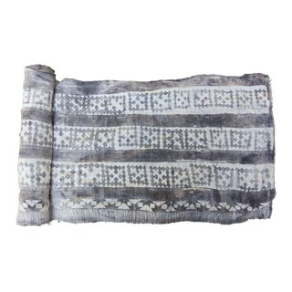 Grey Mottled Batik Roll