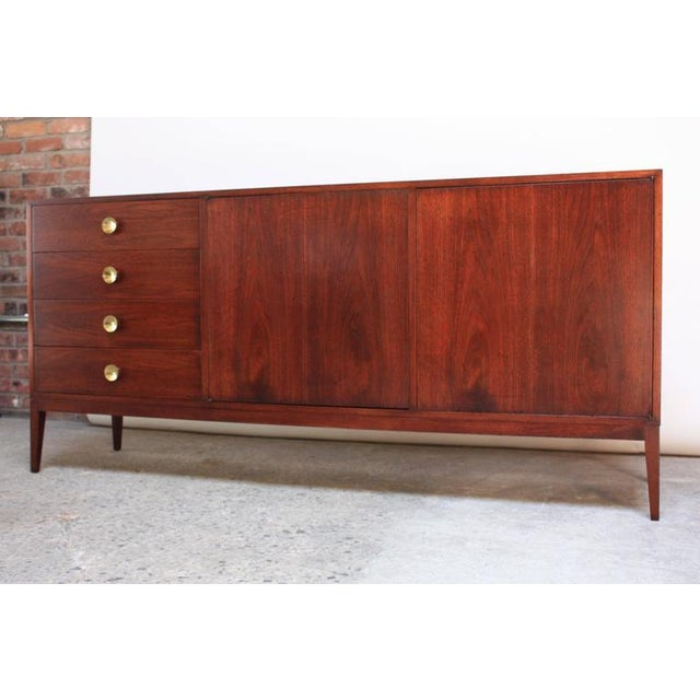 Mid-Century Walnut and Brass Credenza after Paul McCobb - Image 4 of 10