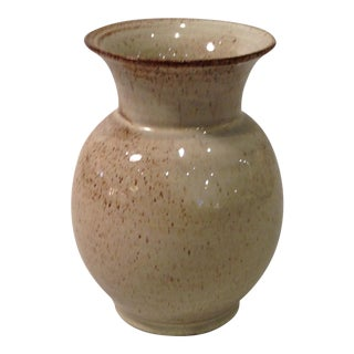 Small ceramic vase by Walter Gebaur