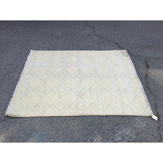 "Image of White & Blue Moroccan Rug - 4'2"" x 5'5"""