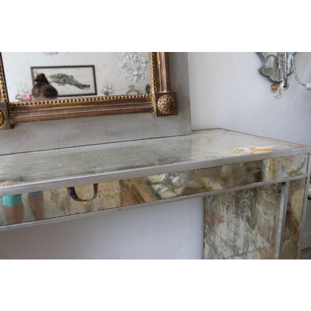 Antiqued & Mirrored Console Table - Image 5 of 9