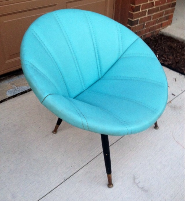 Mid Century Modern Turquoise Clam Saucer Chair   Image 2 Of 5