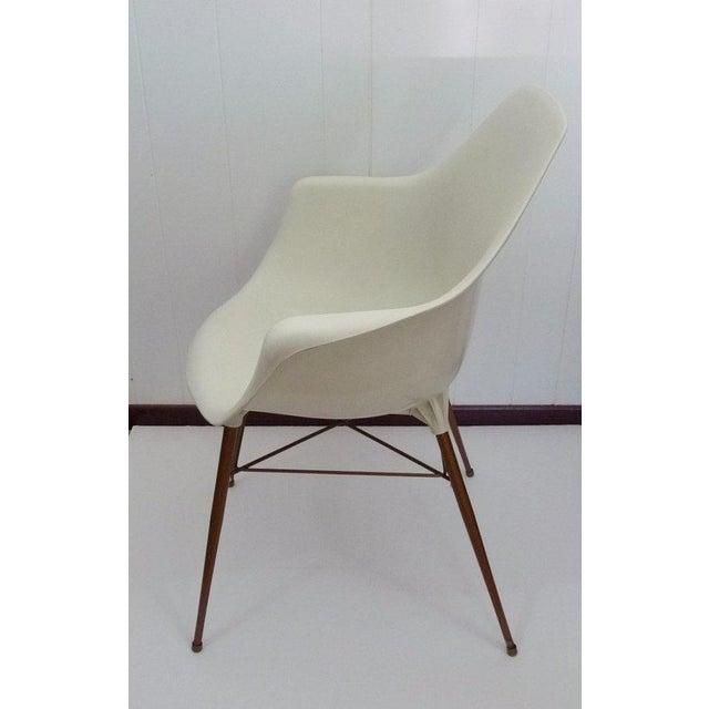 Sam Avedon for Alladin Plastics Mid-Century Modern White Molded Shell Armchair - Image 4 of 4