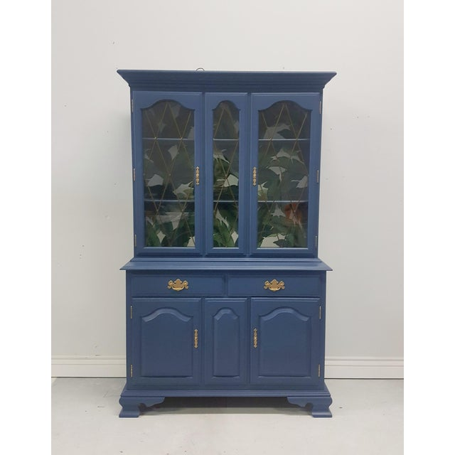 Ethan Allen Hutch - Image 2 of 7