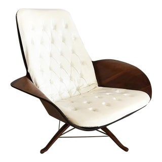 George Mulhauser for Plycraf Cream & Walnut Mr. Chair