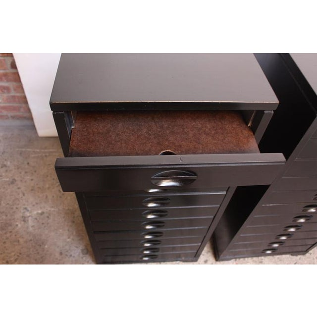 Set of Four Mid-Century American Modern Ebonized Specimen Cabinets - Image 5 of 10