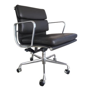 Herman Miller Aluminum Group Soft Pad Office Chair