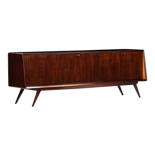Mid-Century Sideboard in Rosewood and Glass, Italy circa 1955 in the style of Dassi