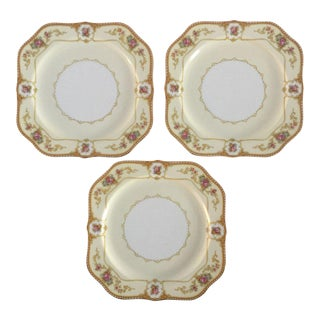 Vintage Floral Sandwich Plates - Set of 3
