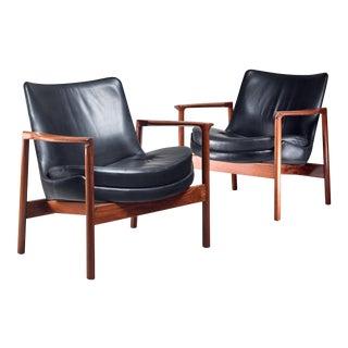 Ib Kofod-Larsen Pair Elizabeth Lounge Chairs, Denmark, 1970s