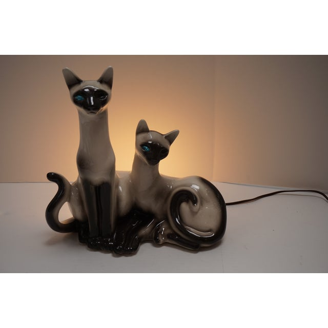 Siamese Cats TV Lamp From Lane & Co Van Nuys - Image 3 of 5