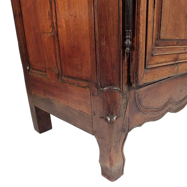 French Traditoinal Louis XV Armoire - Image 9 of 11