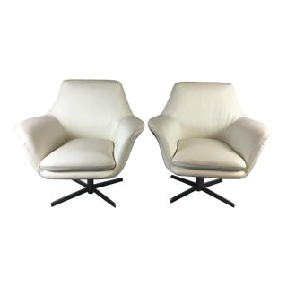Contemporary White Bruce Swivel Leather Lounge Chairs - A Pair