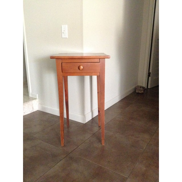 Handcrafted Pennsylvania Shaker Style Accent Table - Image 2 of 5