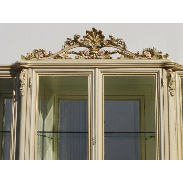 Vintage Off White Ornate Venetian China Cabinet - Image 6 of 11