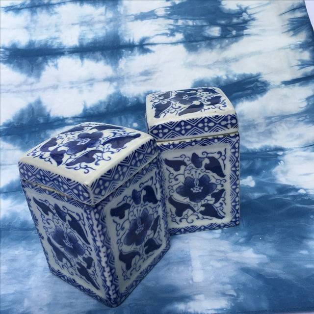 Vintage Chinoiserie Square Ginger Jar - Pair - Image 2 of 7