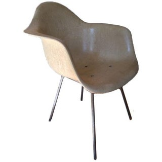 Herman Miller Mid-Century Eames Shell Chair