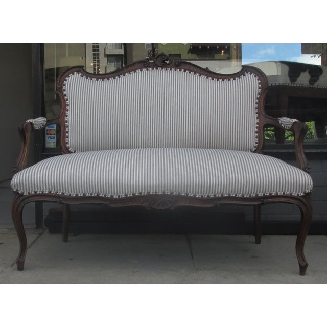 French Victorian Vintage Sette - Image 2 of 3