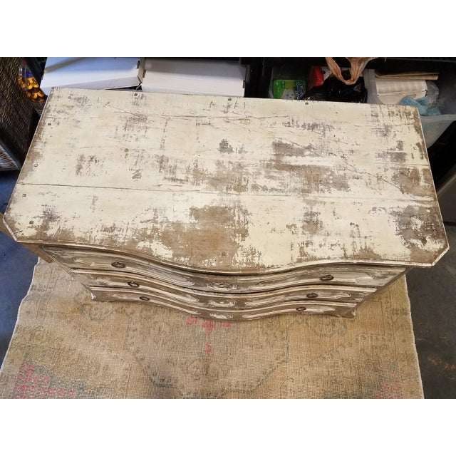 Antique White Painted Louis XV Three Drawer Commode With Serpentine Front - Image 4 of 8